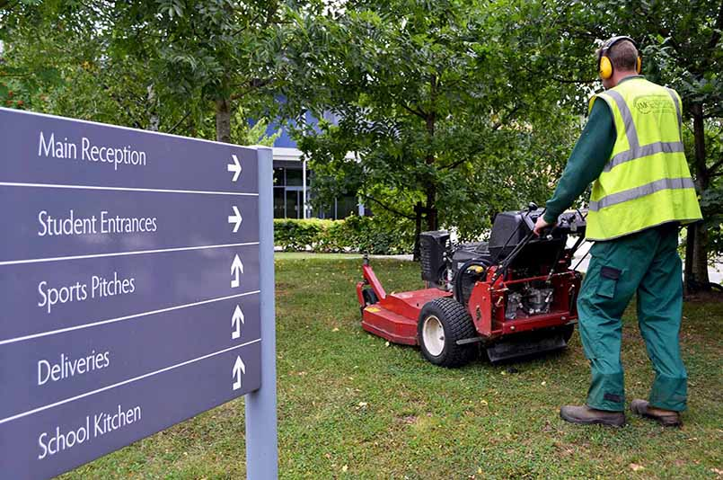 Commercial landscaping for schools and colleges